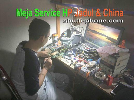 teknisi-hp-jadul-china