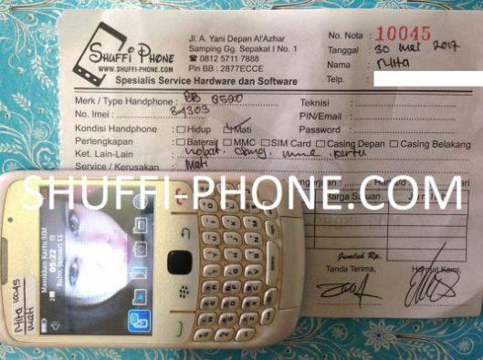 Blackberry 8520 Mati total atas nama Ibu Nita